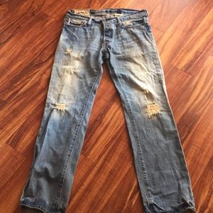 Abercrombie & Fitch Distressed  size 32 x 32